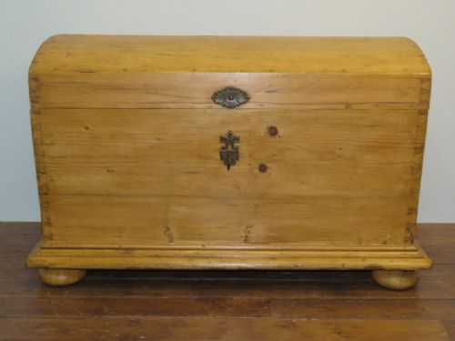 antique pine dome top dowry chest blanket box domed trunk 1850