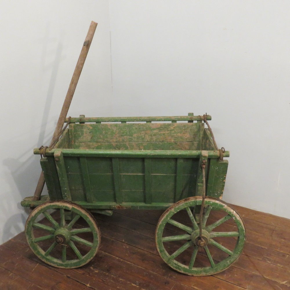 antique medium size working dog cart in original paint 1920