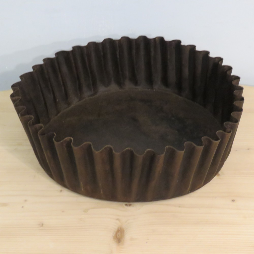 antique decorative fluted metal baking dish 1900